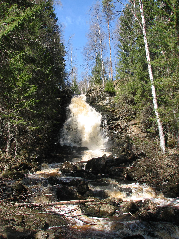 водопад белые мосты весной